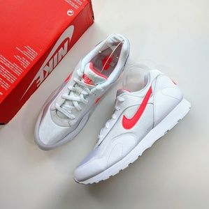 Nike Outburst OG White/Solar Red Women's 12